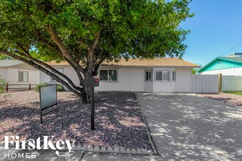 15034 N 38Th St 3 Beds House for Rent Photo Gallery 1