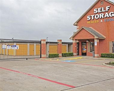 Storage Units for Rent available at 12936 South FrontRunner Blvd, Draper, UT 84020 Photo Gallery 1