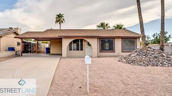 5402 S McKemy St 3 Beds House for Rent Photo Gallery 1