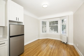 1700 Bush Street Studio-1 Bed Apartment for Rent Photo Gallery 1