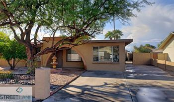 2922 S Juniper St 3 Beds House for Rent Photo Gallery 1