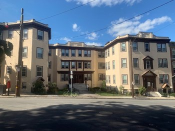 134 -140 Sutherland Rd 3 Beds Apartment for Rent Photo Gallery 1