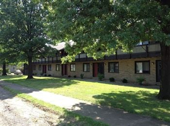 624 E. Hopocan Ave. 1 Bed Apartment for Rent Photo Gallery 1