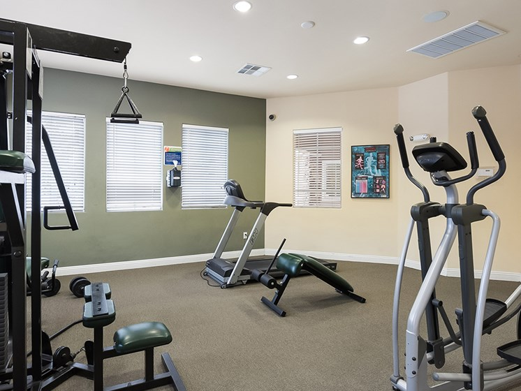 exercise machines in fitness center_Zephyr Pointe, Reno, NV