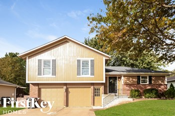 303 Monroe Ave 3 Beds House for Rent Photo Gallery 1