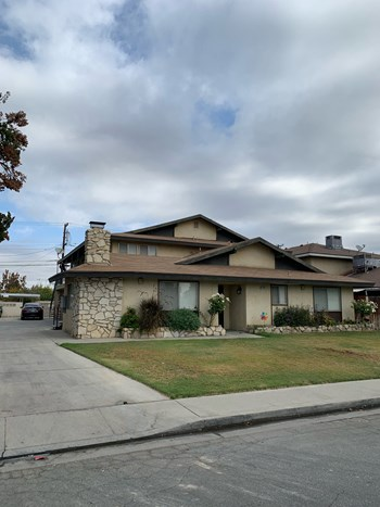 6200 Stockdale Highway 1-3 Beds Apartment for Rent Photo Gallery 1