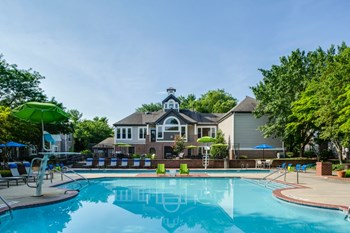 20700 Crystal Hill Cir 1-3 Beds Apartment for Rent Photo Gallery 1