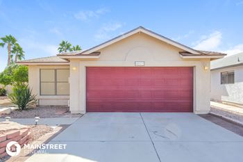 8827 W Willowbrook Dr 3 Beds House for Rent Photo Gallery 1