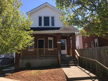 717 W Southern Ave 4 Beds House for Rent Photo Gallery 1