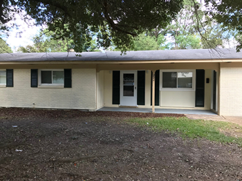 252 Melrose Dr 3 Beds House for Rent Photo Gallery 1