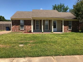 10170 Oak Leaf Dr 3 Beds House for Rent Photo Gallery 1