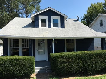 3834 Waco Ave 3 Beds House for Rent Photo Gallery 1
