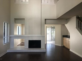 1402 Calle Lozano 2 Beds House for Rent Photo Gallery 1