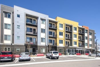 2777 W Parkside Place 1-2 Beds Apartment for Rent Photo Gallery 1