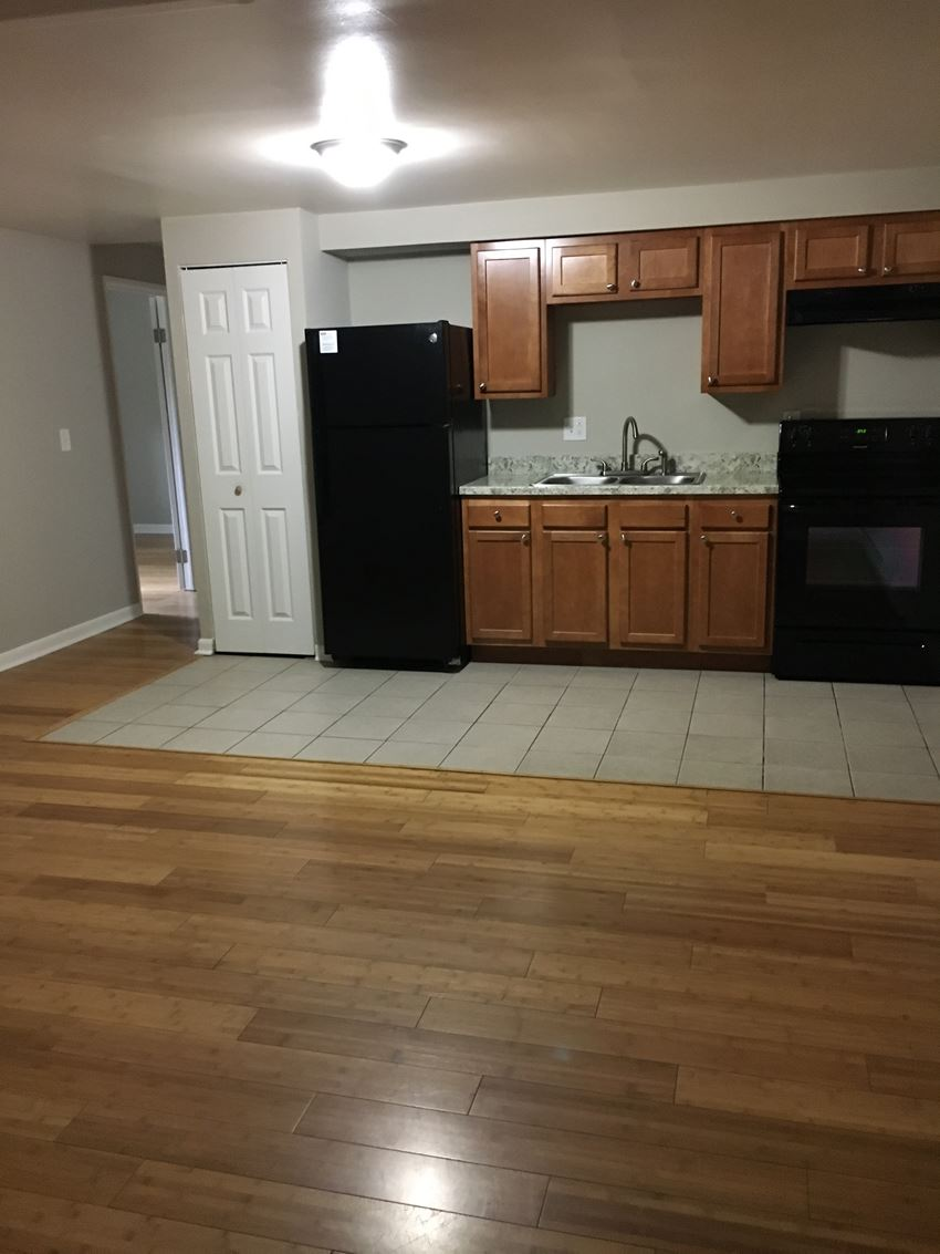 2 Bedroom - 48 South Lake