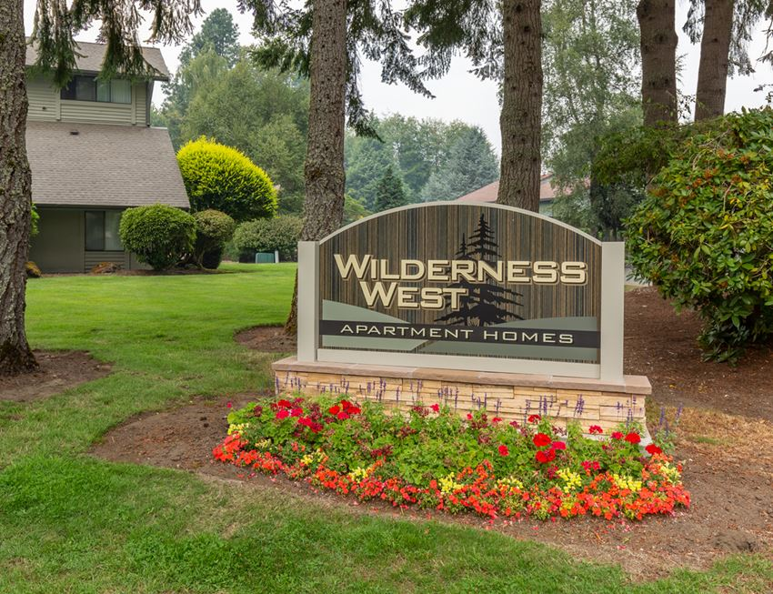 Wilderness West Monument Sign