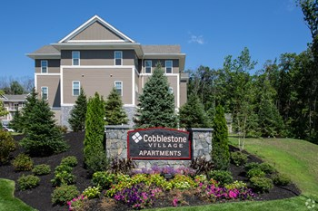 7 Cobblestone Village Way 1-2 Beds Apartment for Rent Photo Gallery 1