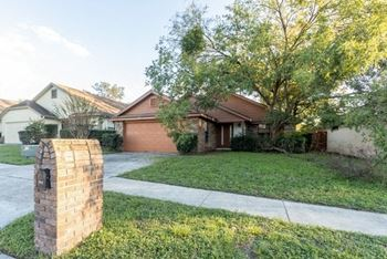 7019 Villa Estelle D 3 Beds House for Rent Photo Gallery 1