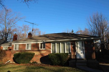 13730 Allan Avenue 3 Beds House for Rent Photo Gallery 1