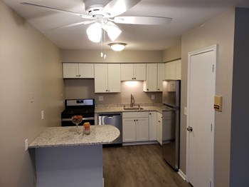 1345 Idaho Avenue South Studio-1 Bed Apartment for Rent Photo Gallery 1