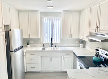 14340 and 14350 Addison St. 1-2 Beds Apartment for Rent Photo Gallery 1
