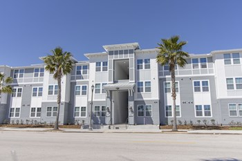 1465 Central Avenue 1-3 Beds Apartment for Rent Photo Gallery 1