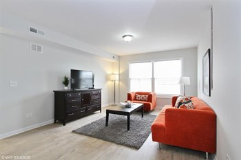 9301 S Harlem 1-2 Beds Apartment for Rent Photo Gallery 1