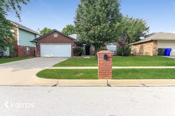 617 Night Hawk Drive 3 Beds House for Rent Photo Gallery 1