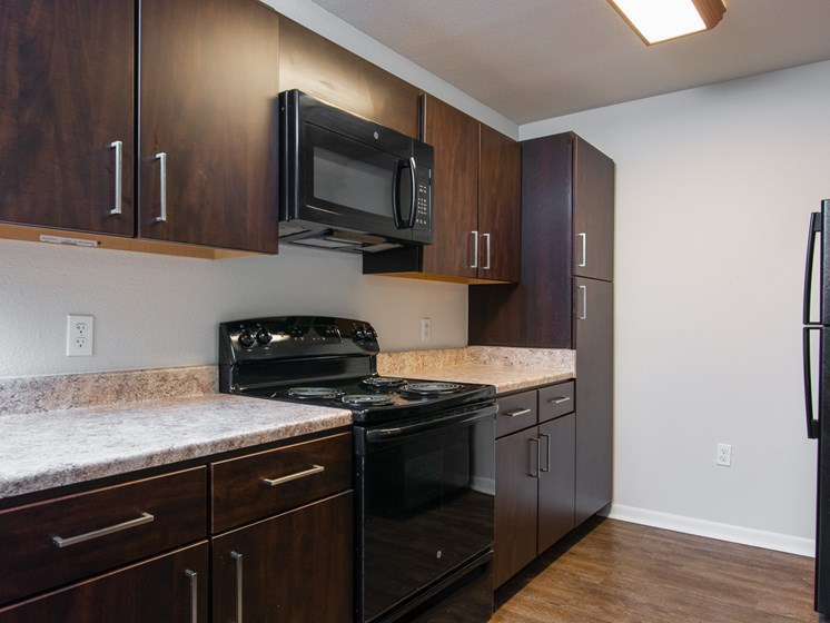 Forest Bend Townhouses Kitchen
