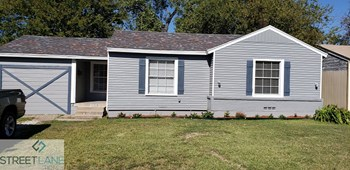 8015 N Reno Ct 3 Beds House for Rent Photo Gallery 1