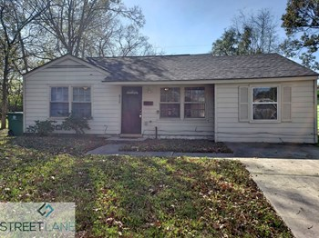 5330 Pershing St 3 Beds House for Rent Photo Gallery 1