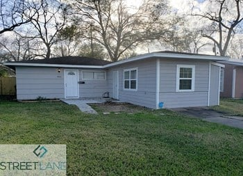 4922 Pershing St 4 Beds House for Rent Photo Gallery 1