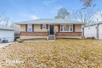 605 NW 88th Ter 3 Beds House for Rent Photo Gallery 1