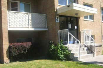 2, 4, 6, 8, 9, 10 & 11 Wingreen Court 1-2 Beds Apartment for Rent Photo Gallery 1
