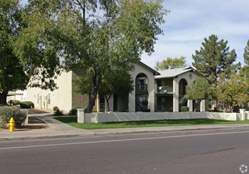 6240 N 63rd Ave 1-2 Beds Apartment for Rent Photo Gallery 1