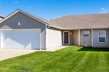 1310 Minnie Ave #B 3 Beds Duplex/Triplex for Rent Photo Gallery 1