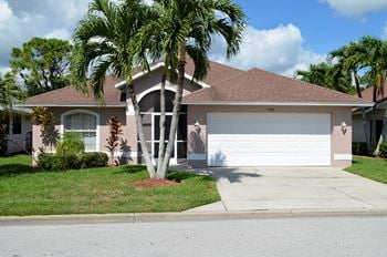 9392 Palm Island Circle 3 Beds House for Rent Photo Gallery 1