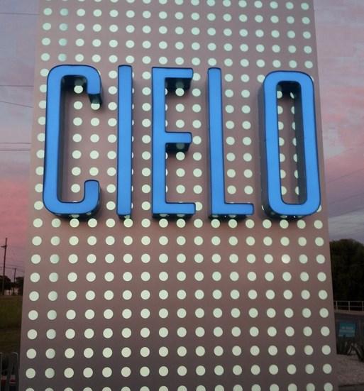 Cielo Apartments San Antonio Sign