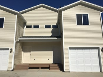 2146 Sunflower Lane 3 Beds Apartment for Rent Photo Gallery 1