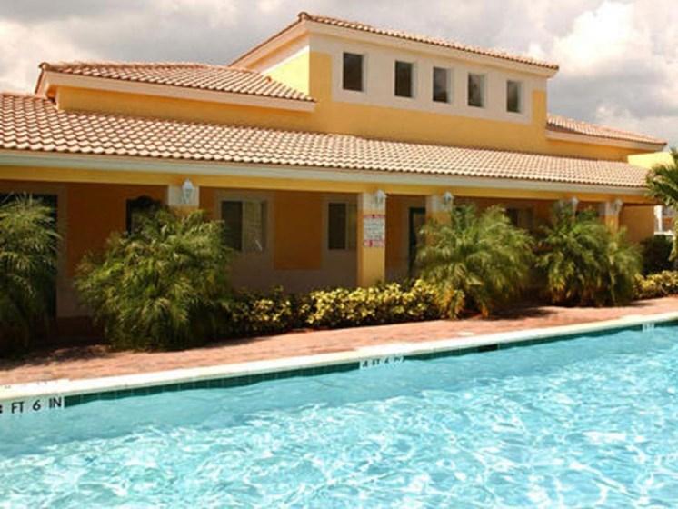 outdoor pool_Prospect Park Apartments Ft. Lauderdale, FL
