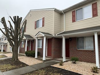 881 Meadowbrook Lane 1 Bed Apartment for Rent Photo Gallery 1