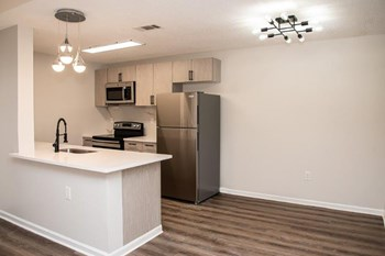 375 S. Lancaster Rd. 1 Bed Apartment for Rent Photo Gallery 1
