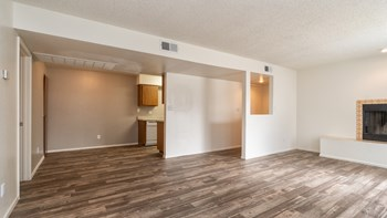 4529 West Ocotillo Road 1-2 Beds Apartment for Rent Photo Gallery 1