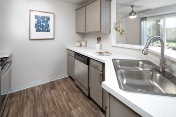 12115 19th Ave SE 1-3 Beds Apartment for Rent Photo Gallery 1
