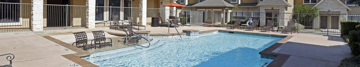 townhomes with a pool in san antonio