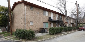 2612 Steele Avenue Southwest Studio Apartment for Rent Photo Gallery 1