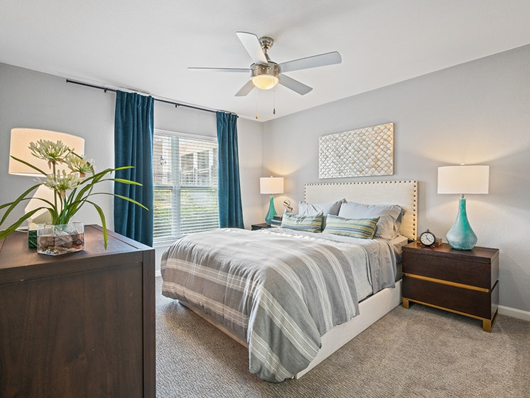 Beautiful Bright Bedroom at Latitude at Wescott, Summerville