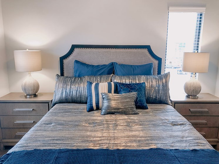 Luxurious Bedroom at The Ivy at Berlin Place, South Bend