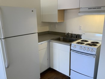 835 N. Alvernon Way Studio-3 Beds Apartment for Rent Photo Gallery 1
