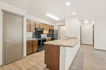 121 NE 60Th Street 1 Bed Apartment for Rent Photo Gallery 1